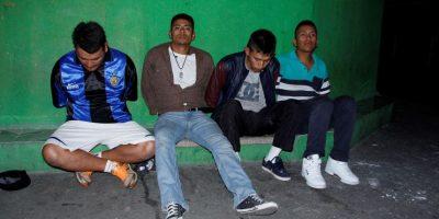 Policía los sorprende cuando saqueaban una abarrotería en la zona 3