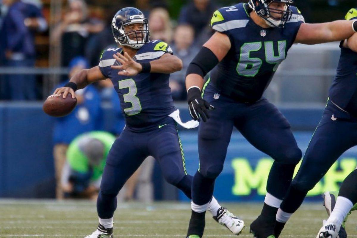 En las conversiones de dos puntos, si la defensa roba el balón podrá trasladarlo a zona de anotación para sumar dos unidades Foto:Getty Images