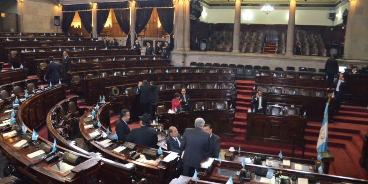 Congreso retrasa elección del nuevo vicepresidente