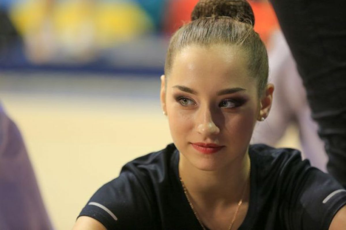 Este 2015 consiguió la medalla de plata por equipos. Foto:Vía pinterest.com