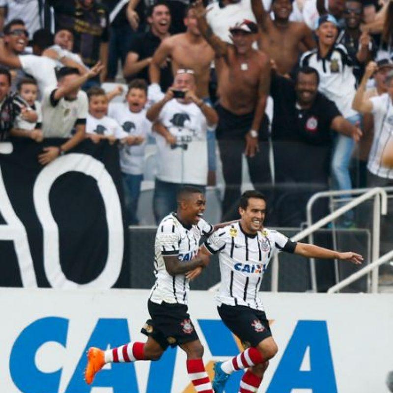 También tiene cinco estrellas del Brasileirao Foto:Getty Images