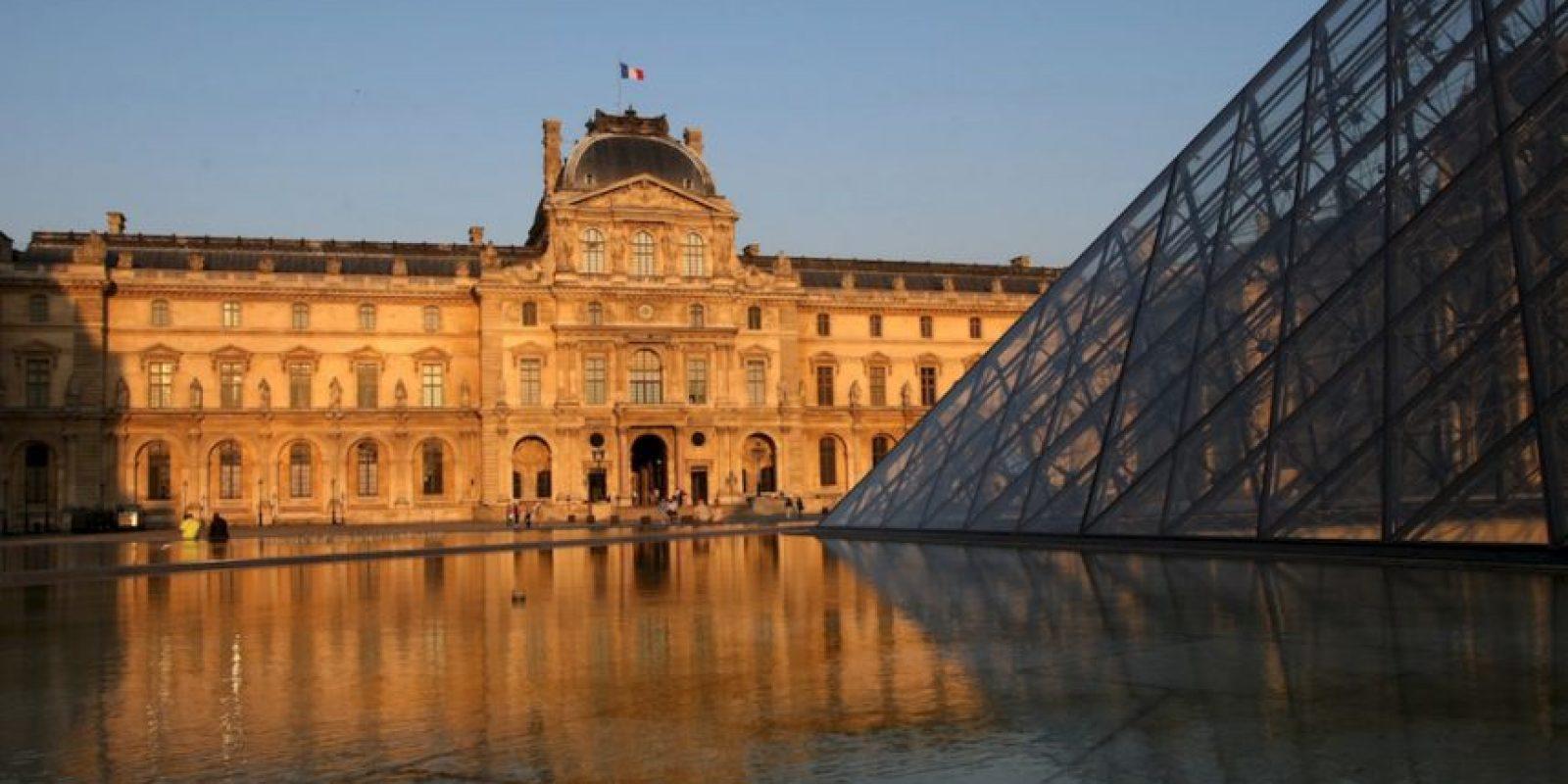 """Está en París, Francia, fue inaugurado en 1792 y una de sus obras más emblematicas es la """"Mona Lisa"""" Foto:Getty Images"""