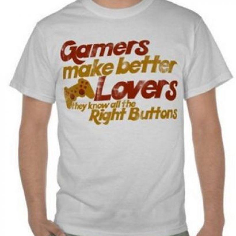 """""""Los 'gamers' son mejores amantes por que ellos saben los botones correctos"""" Foto:Vía """"gameinformer.com"""""""