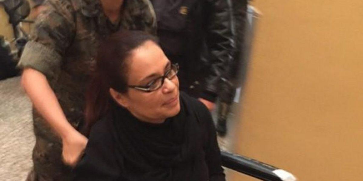 Roxana Baldetti operada quiere prolongar su estadía en hospital militar