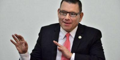 Usuarios se burlan tras la renuncia de Manuel Baldizón