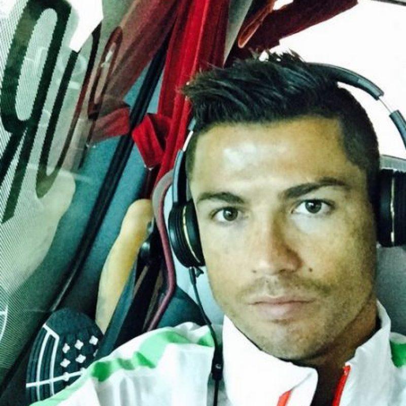 """Y es accionista de """"Mobito"""", una empresa portuguesa de telefonía móvil. Foto:Vía instagram.com/Cristiano"""