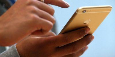 """Apple dijo que """"en un pequeño porcentaje de los dispositivos iPhone 6 Plus, la cámara iSight tiene un componente que puede fallar causando que sus fotos se vean borrosas"""". Foto:Getty Images"""