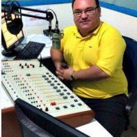 """Gleydon Carvalho: El locutor brasileño fue ultimado mientras transmitía su programa en vivo en """"Radio Libertade FM"""". Se caracterizaba por denunciar actos de corrupción. Foto:Twitter.com-Archivo"""