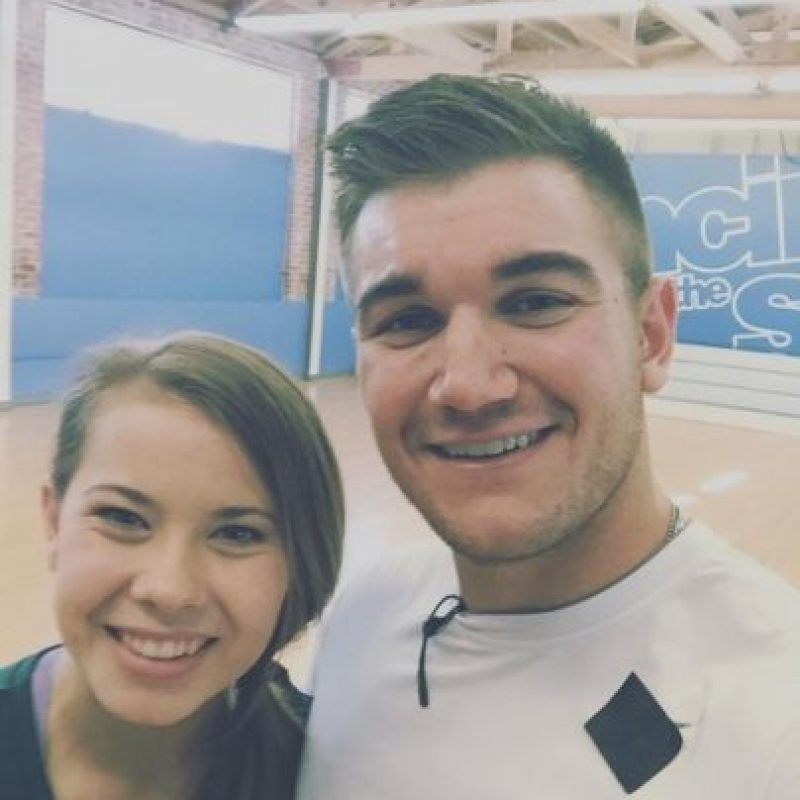 "Bindi participa en ""Dancing With The Stars"" junto a Derek Hough. Foto: Instagram/bindisueirwin"