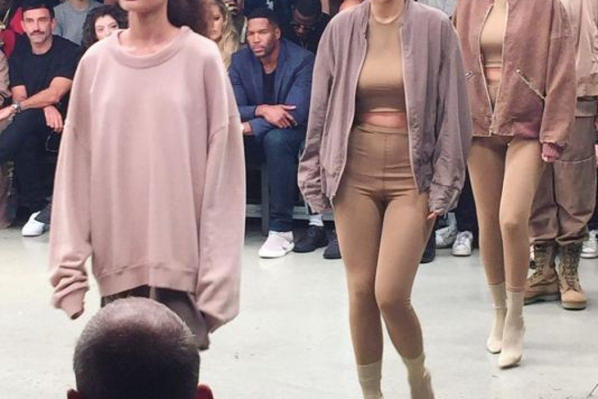 Kylie Jenner desfiló en la colección. Foto:vía Instagram
