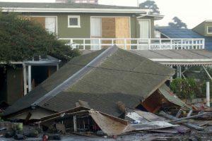 """De acuerdo con Jorge Burgos, ministro del Interior, este terremoto es el """"más potente que ha tenido el mundo en 2015. Pero los chilenos estamos acostumbrados"""", añadió. Foto:AFP"""