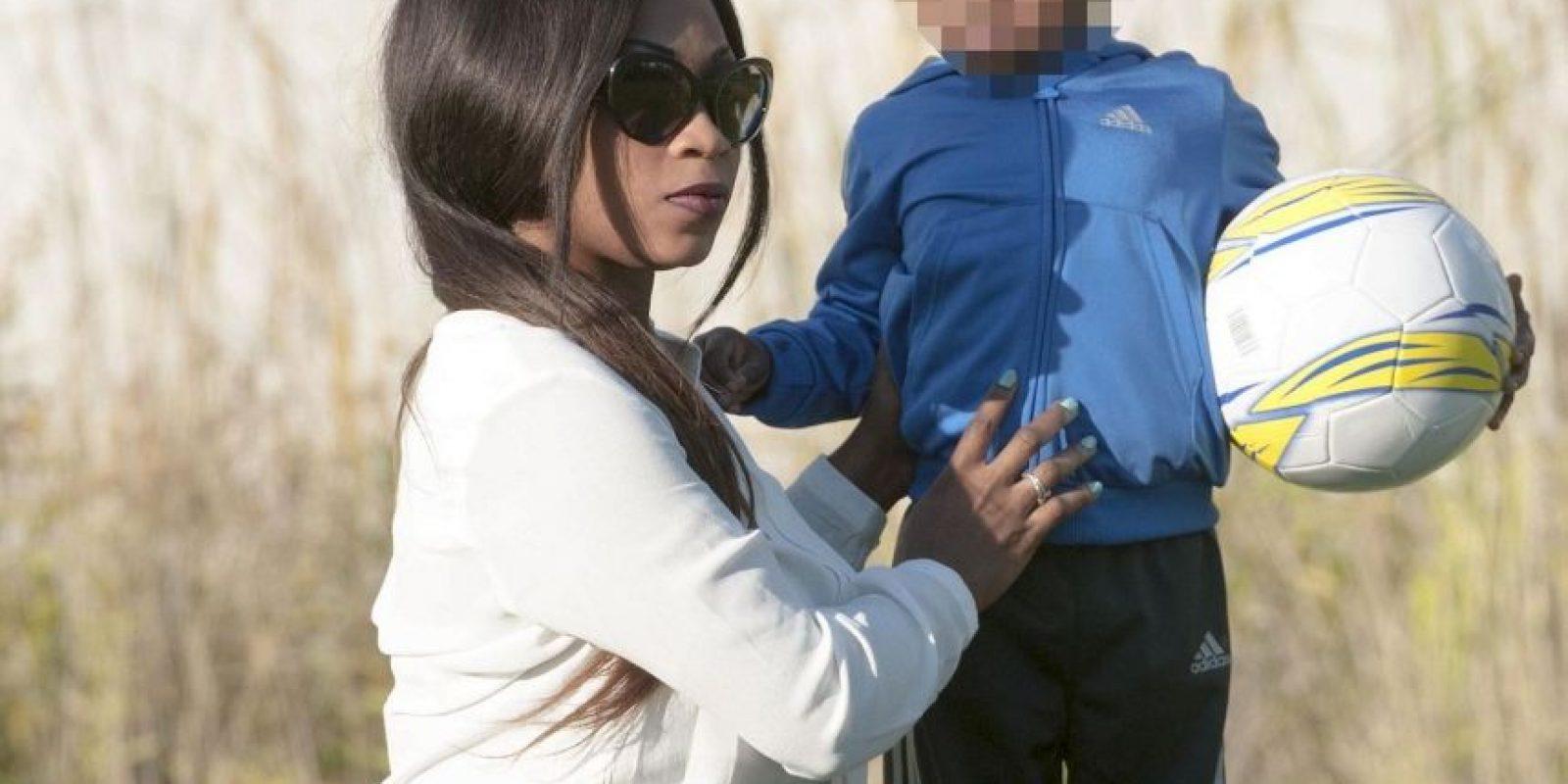 Mariam, exnovia del futbolista del Manchester City, confesó que tiene un hijo del marfileño Foto:Twitter