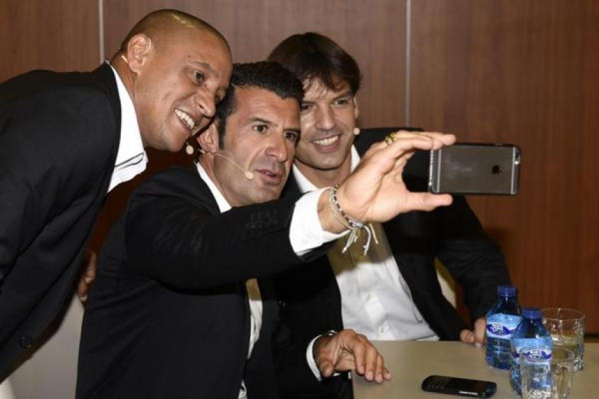 """Roberto Carlos, Luis Figo y Fernando Morientes fueron parte de la generación del Real Madrid conocida como """"los Galácticos"""". Foto:Vía twitter.com/LaLiga"""