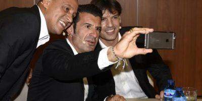 """""""Galácticos"""" del Real Madrid se reúnen 10 años después y celebran con selfie"""
