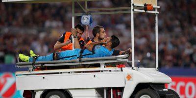 El brasileño del Barcelona se despide de la temporada por una rotura del ligamento cruzado anterior de la rodilla derecha Foto:Getty Images