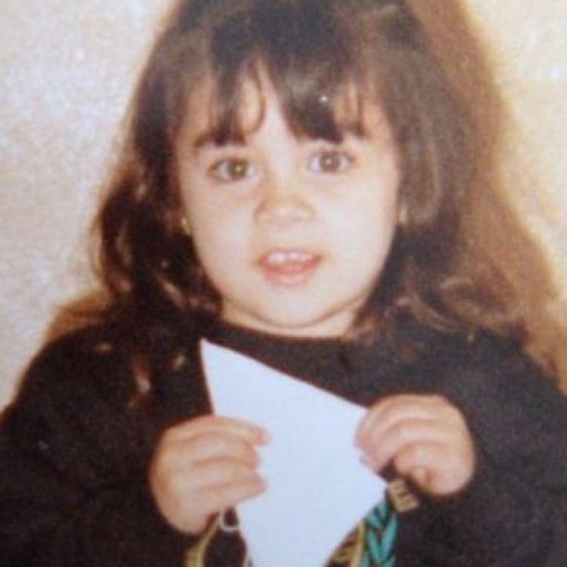 """María Belén"" Foto:Vía /twitter.com/crisaguinaga"