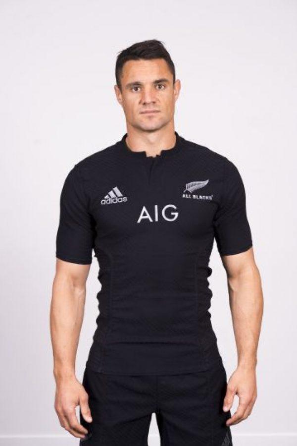 Tiene 33 años, juega en el Crusaders de Nueva Zelanda y es considerado uno de los mejores aperturas en la historia del rugby. Foto:Getty Images