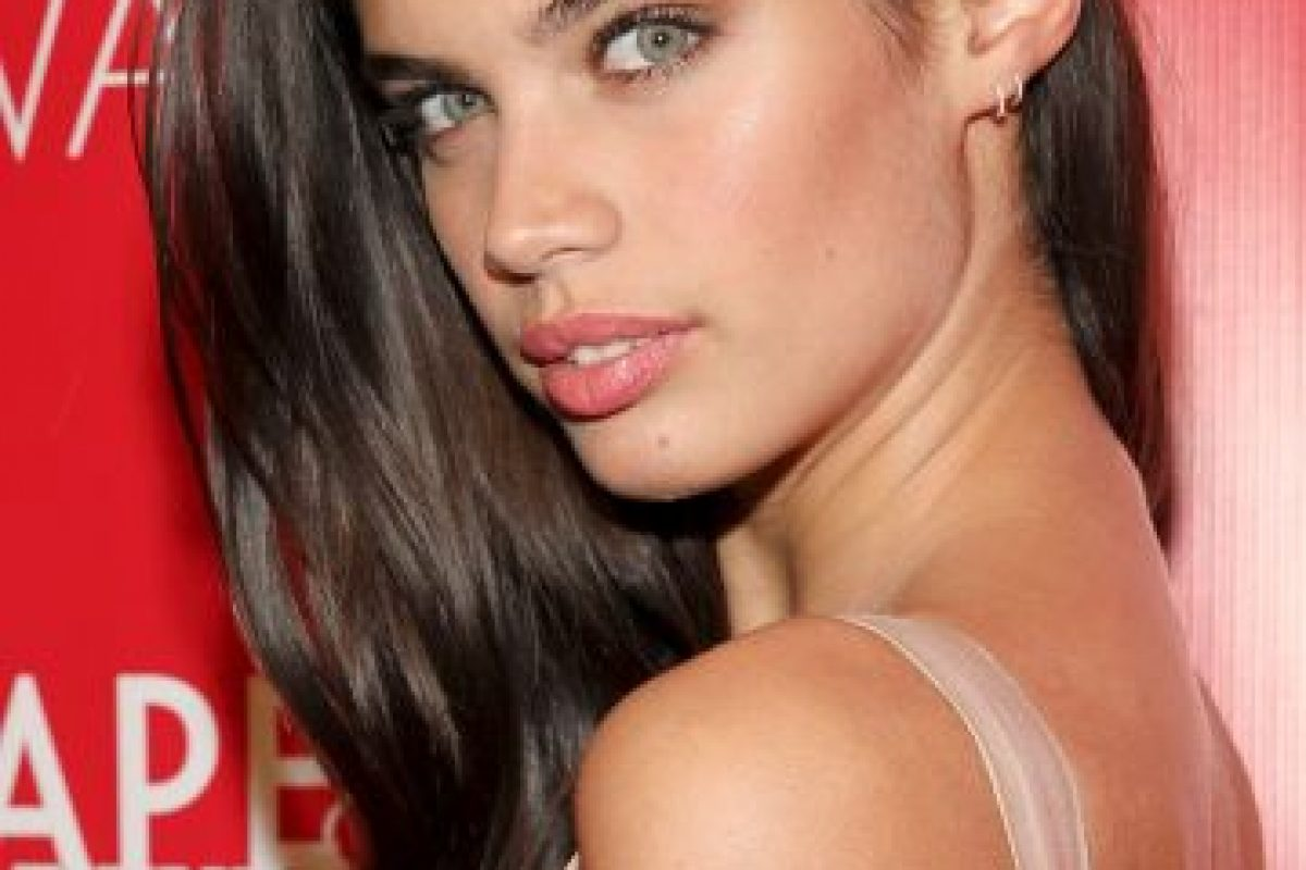 Sara Sampaio es una modelo portuguesa de 24 años. Foto:Getty Images