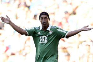 """El mismo caso de Ronaldinho, quien no le gusta el fútbol… pero en televisión. """"No estoy siguiendo la Copa América. No me gusta ver futbol, me gusta jugar. No tengo paciencia para estar delante de la televisión noventa minutos, sólo veo las jugadas destacadas"""". Foto:Getty Images"""