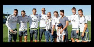 Este fin de semana, Abdul Mohsen y su hijo, Zaid, fueron invitados por el Real Madrid para convivir con sus estrellas, pues ambos son hinchas del cuadro merengue. Foto:realmadrid.com