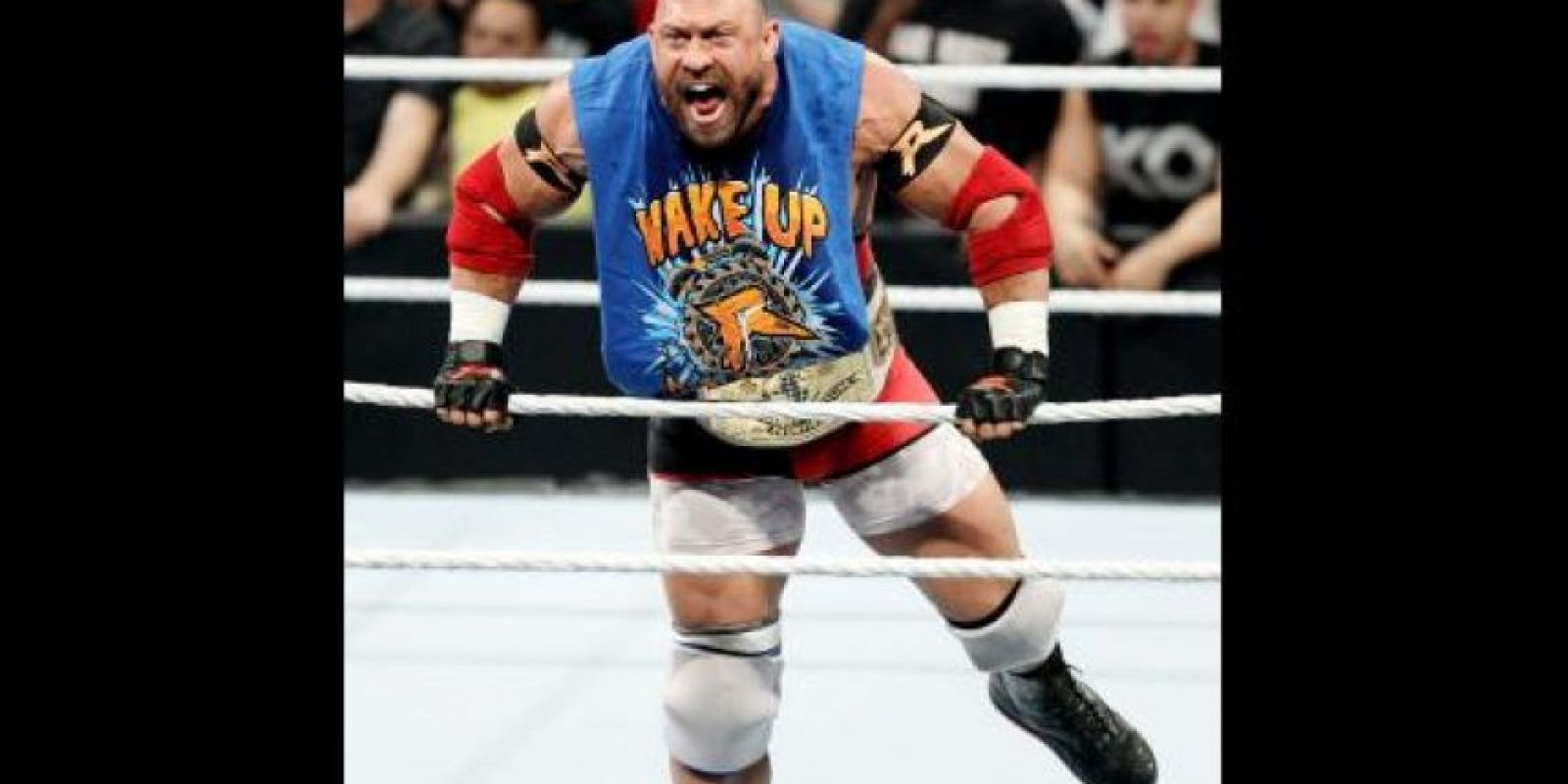 Reyback llegó a Night of Champions como el campeón Intercontinental Foto:WWE
