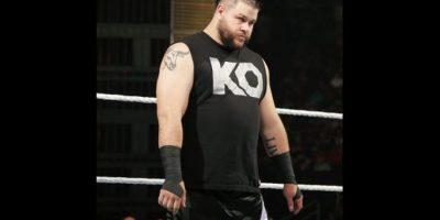 Defendía el título ante Kevin Owens Foto:WWE