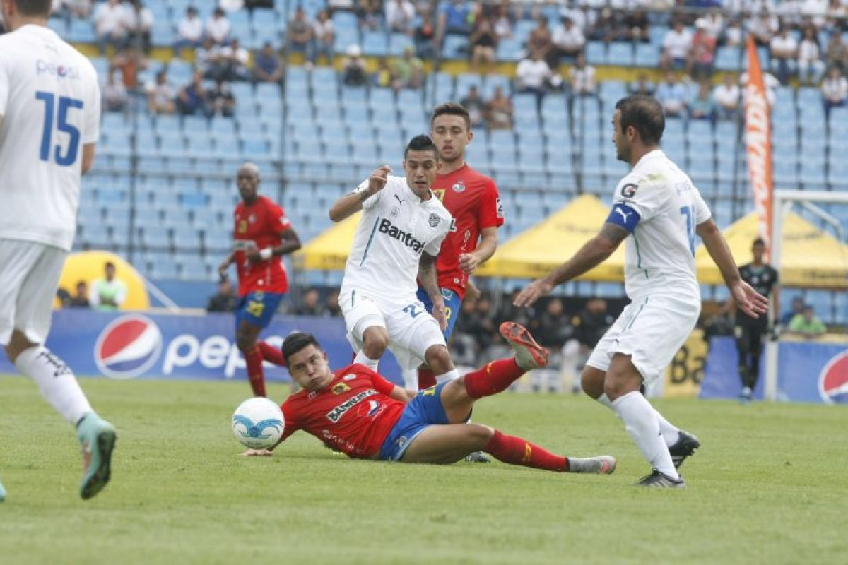 Los rojos no logran despegar en el actual torneo de la Liga Nacional. Foto:Publinews