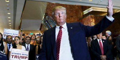 """En entrevista con la revista """"Rolling Stone"""", Trump dijo sobre Carly Fiorina: """"Miren esa cara. ¿Quién votaría por ella?"""". En el debate, Trump no se disculpó, pero mencionó """"Yo voy a cuidar a las mujeres. Yo las respeto"""" y sobre ella, dijo: """"Pienso que es muy guapa y una maravillosa persona"""". Foto:Getty Images"""