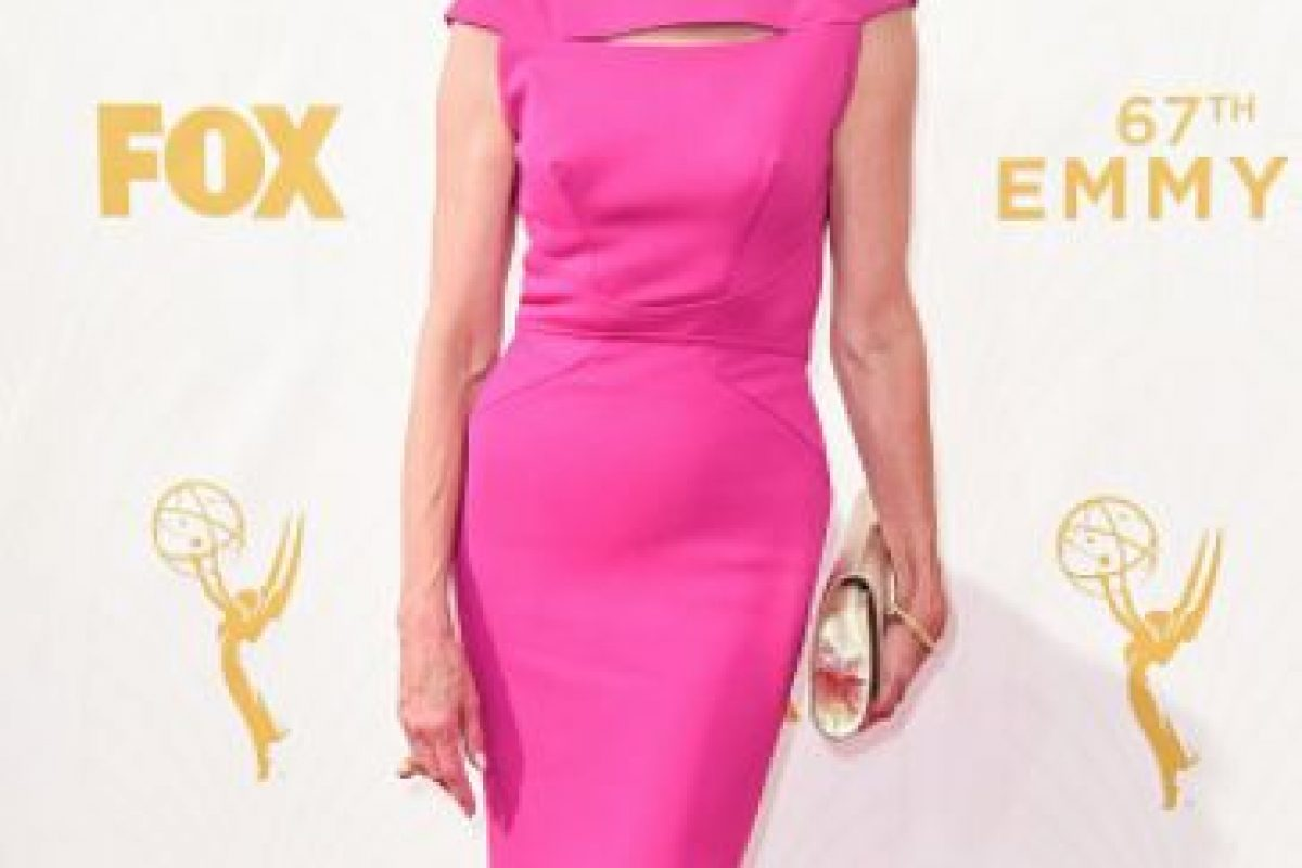 Christine Baranski, de fucsia e impecable. Foto:vía Getty Images