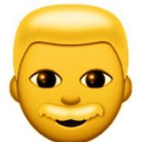 Para evitar confusiones con un niño, este emoji tiene un bigote que lo distingue como hombre. Foto:emojipedia.org