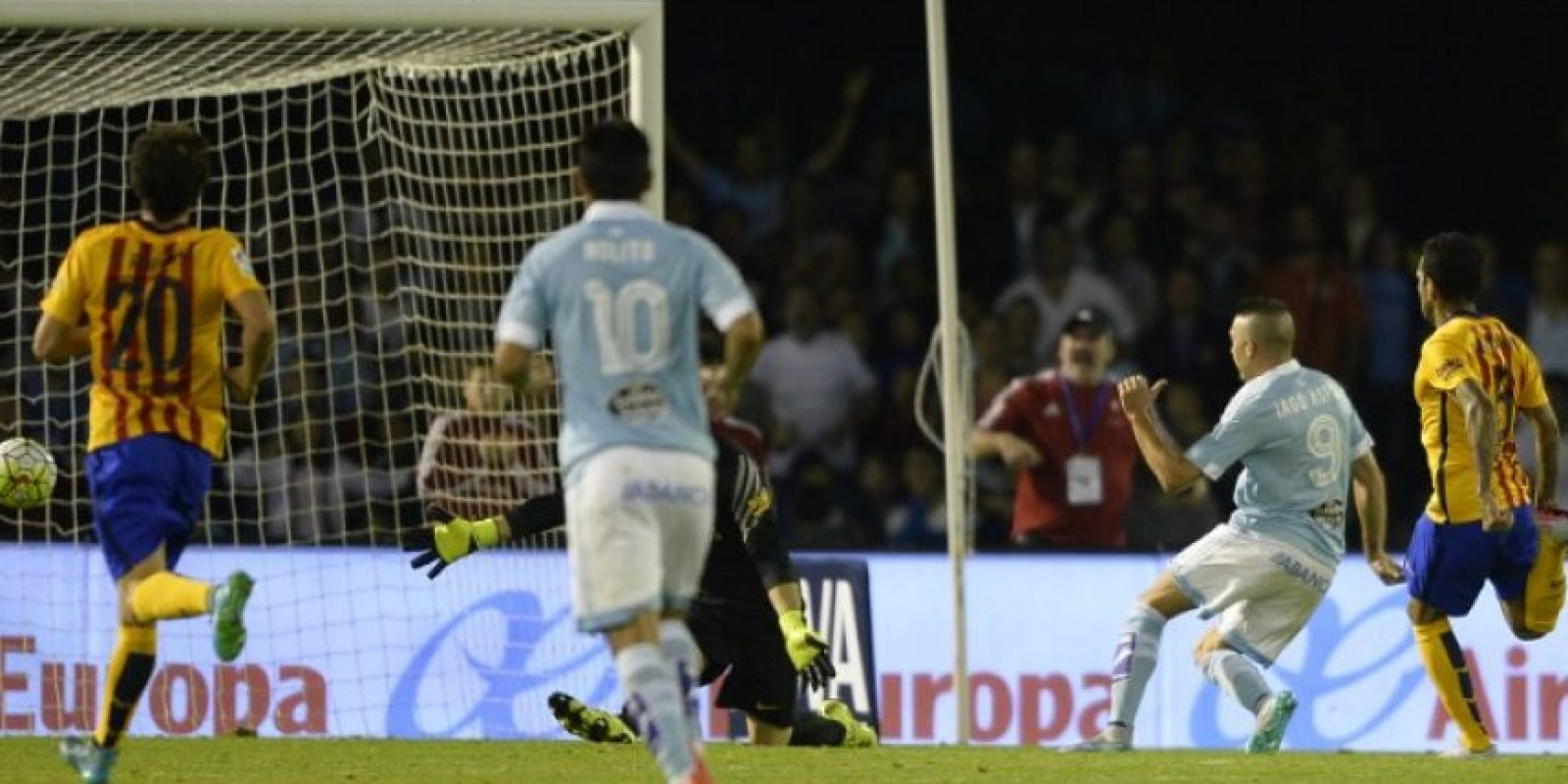 El equipo gallego no tuvo piedad del Barcelona y lo venció por goleada este miércoles. Foto:AFP