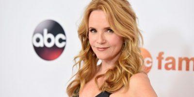 """La actriz es más reconocida por su papel en la trilogía """"Volver al Futuro"""", donde participó como """"Lorraine McFly"""" Foto:Getty Images"""