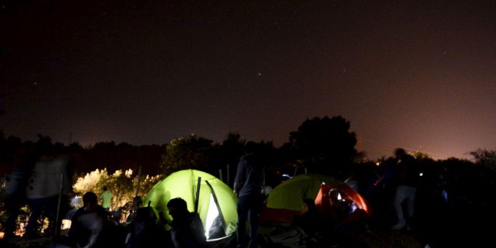 El día de ayer, los ministros de la Unión Europea acordaron aceptar y repartir a 120 mil refugiados Foto:Getty Images