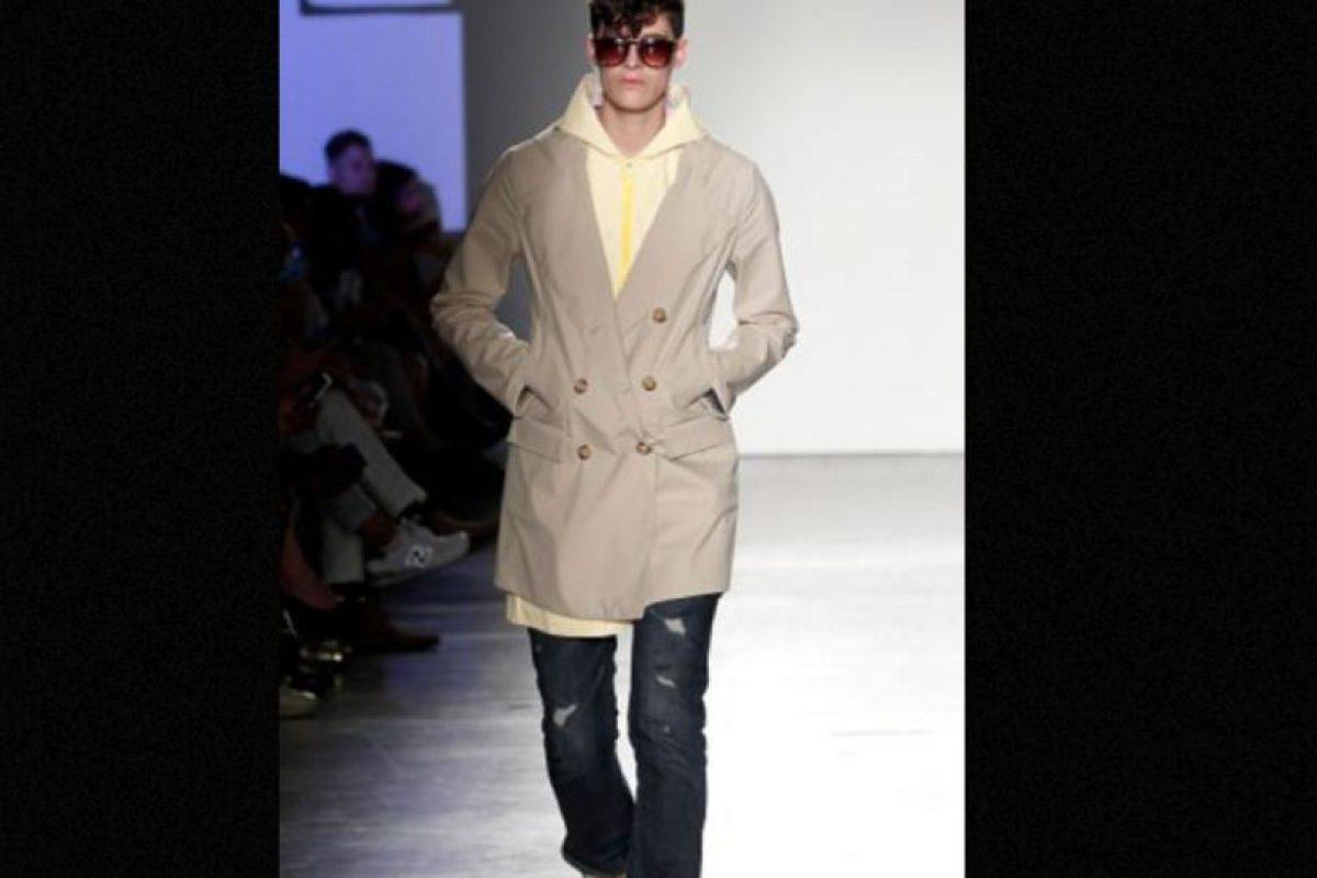 Suele modelar para marcas masculinas. Foto:vía Getty Images
