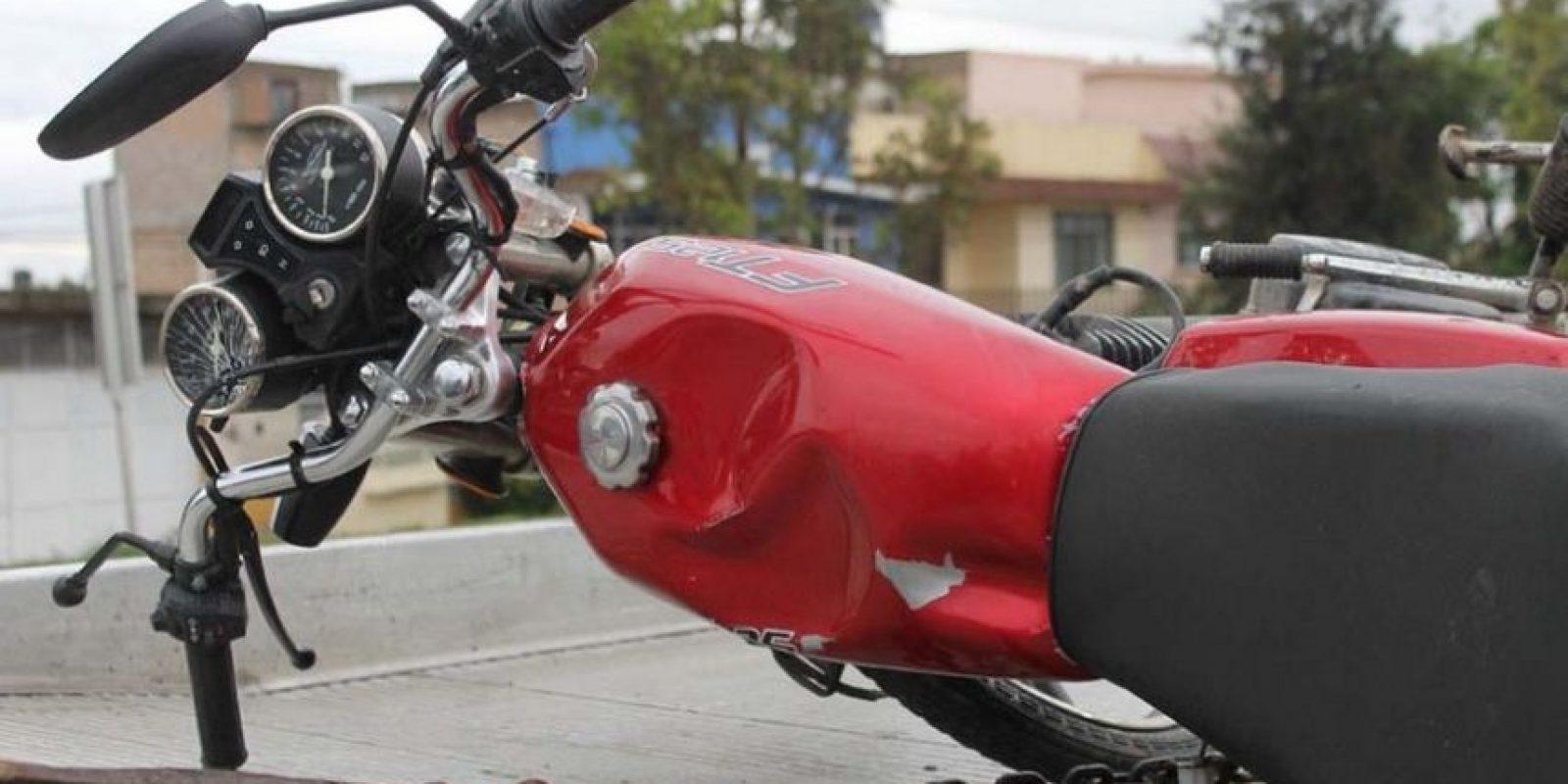 Las investigaciones realizadas por las autoridades revisaron las cámaras de seguridad localizadas en las calles y se percataron de que la camioneta iba siguiendo a la moto. Foto:Pinterest