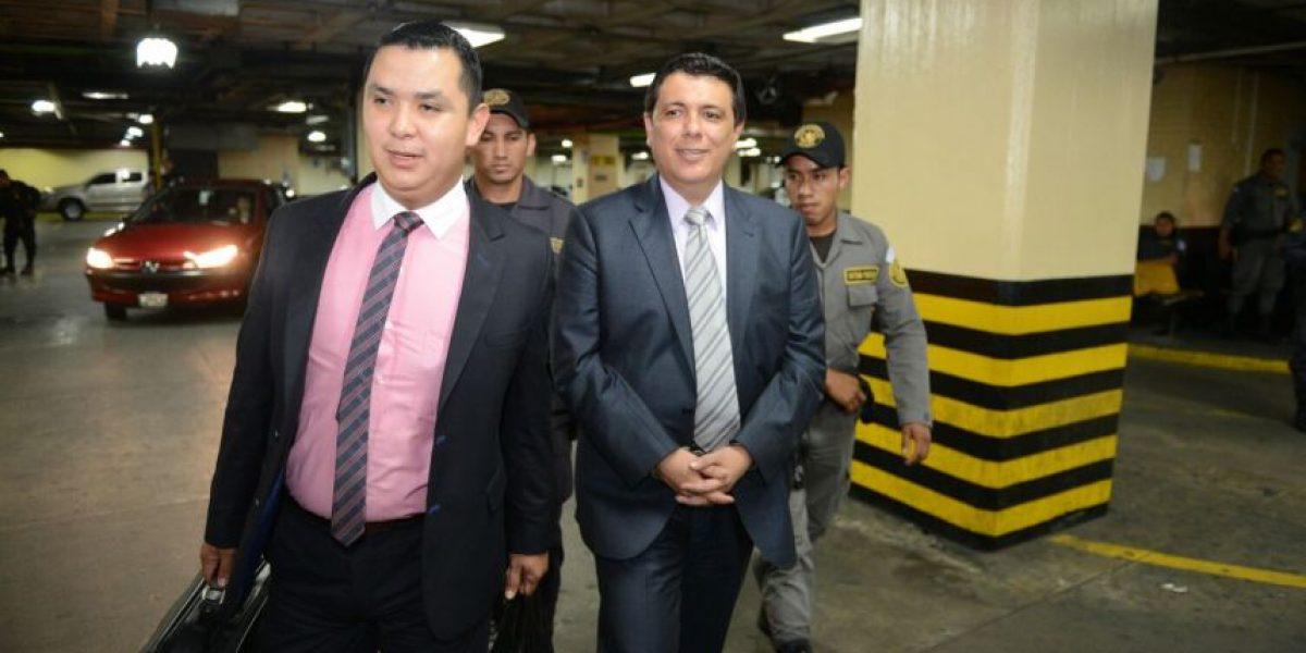 En tuits: Magistrado Erick Santiago pasará tercera noche en carceleta
