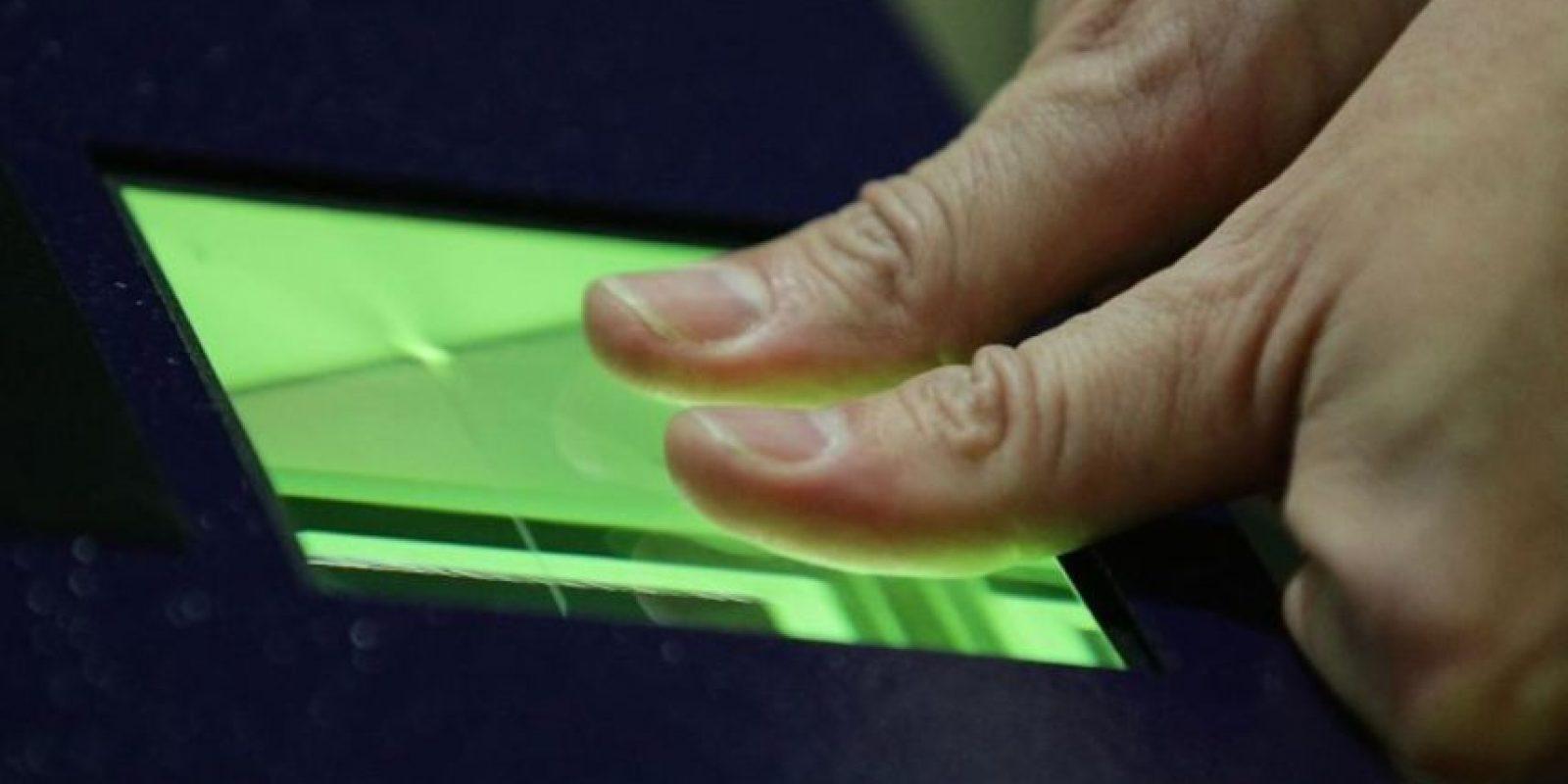 3- Pushing: Esta técnica funciona mediante enlaces falsos de comerciantes o servicios, donde se piden datos específicos del usuario. Foto:Getty Images