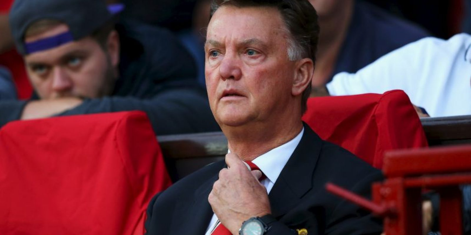 El holandés gana más que estrellas como Juan Mata (9 millones de euros) o David de Gea (5.2 millones de euros). Foto:Getty Images