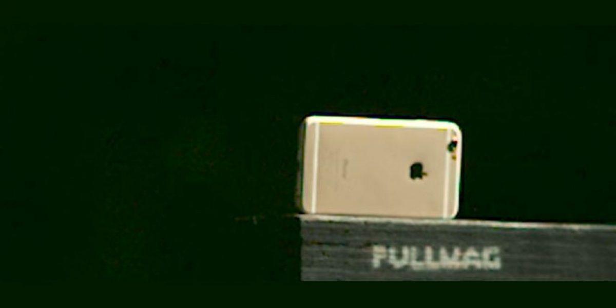 Video: Enfrentan al iPhone 6 con un rifle de salto MK47