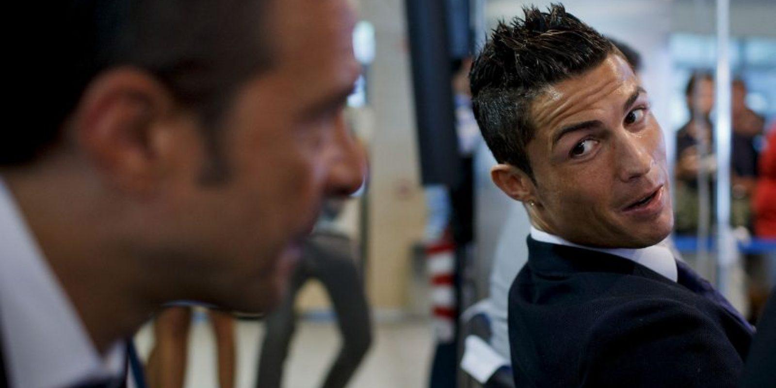 Suma 95.6 millones de dólares en comisiones, gracias a sus representados, entre los que destacan Cristiano Ronaldo, Radamel Falcao y el DT José Mourinho Foto:Getty Images