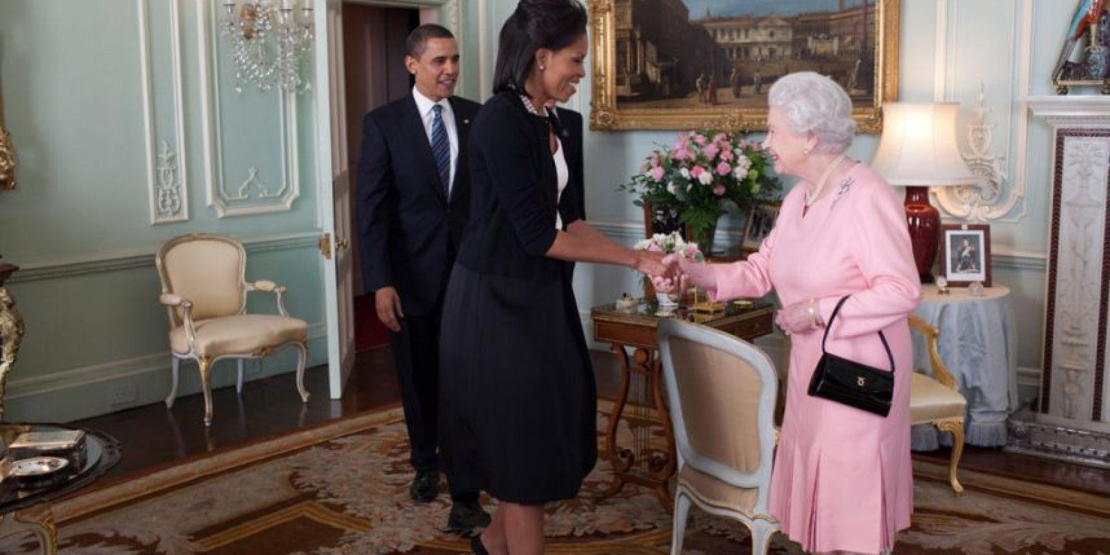 Comía en una vajilla perteneciente a la reina Isabel. Foto:vía Getty Images