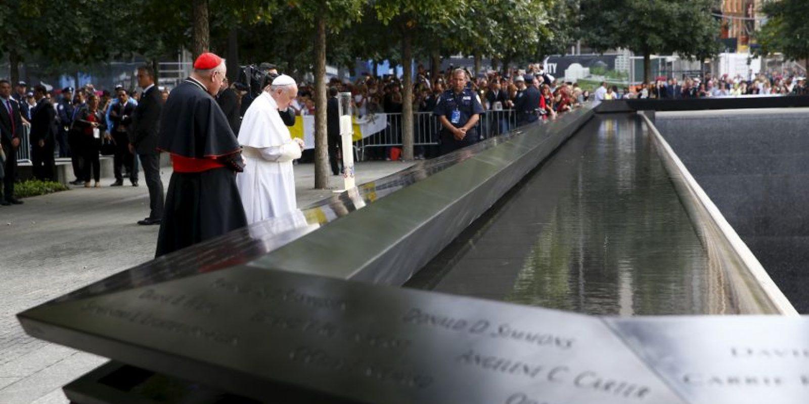 El Pontífice realizó una oración en memoria de las víctimas Foto:AFP