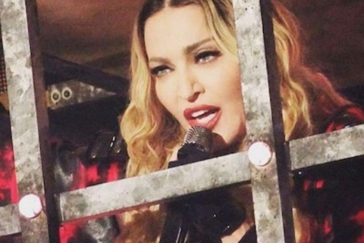"""1. En """"Blond Ambition World Tour"""" de 1990, Madonna cantó su clásico tema """"Like a Virgin"""" mientras simulaba que se masturbaba. Foto:Instagram/madonna"""