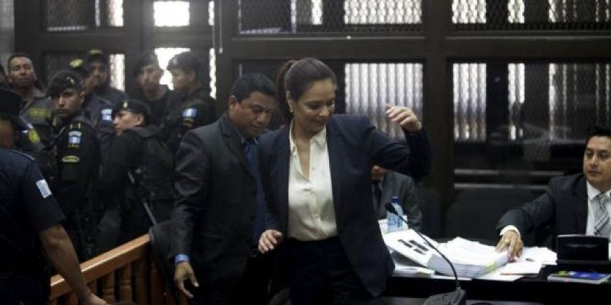 "Ex vicepresidenta Roxana Baldetti seguirá en hospital militar hasta un ""último"" examen"