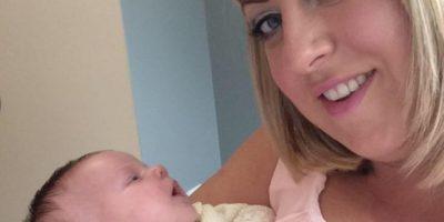 Claire Henderson tuvo una bebé llamada Brooke hace un mes. Foto:vía Facebook /Claire Henderson