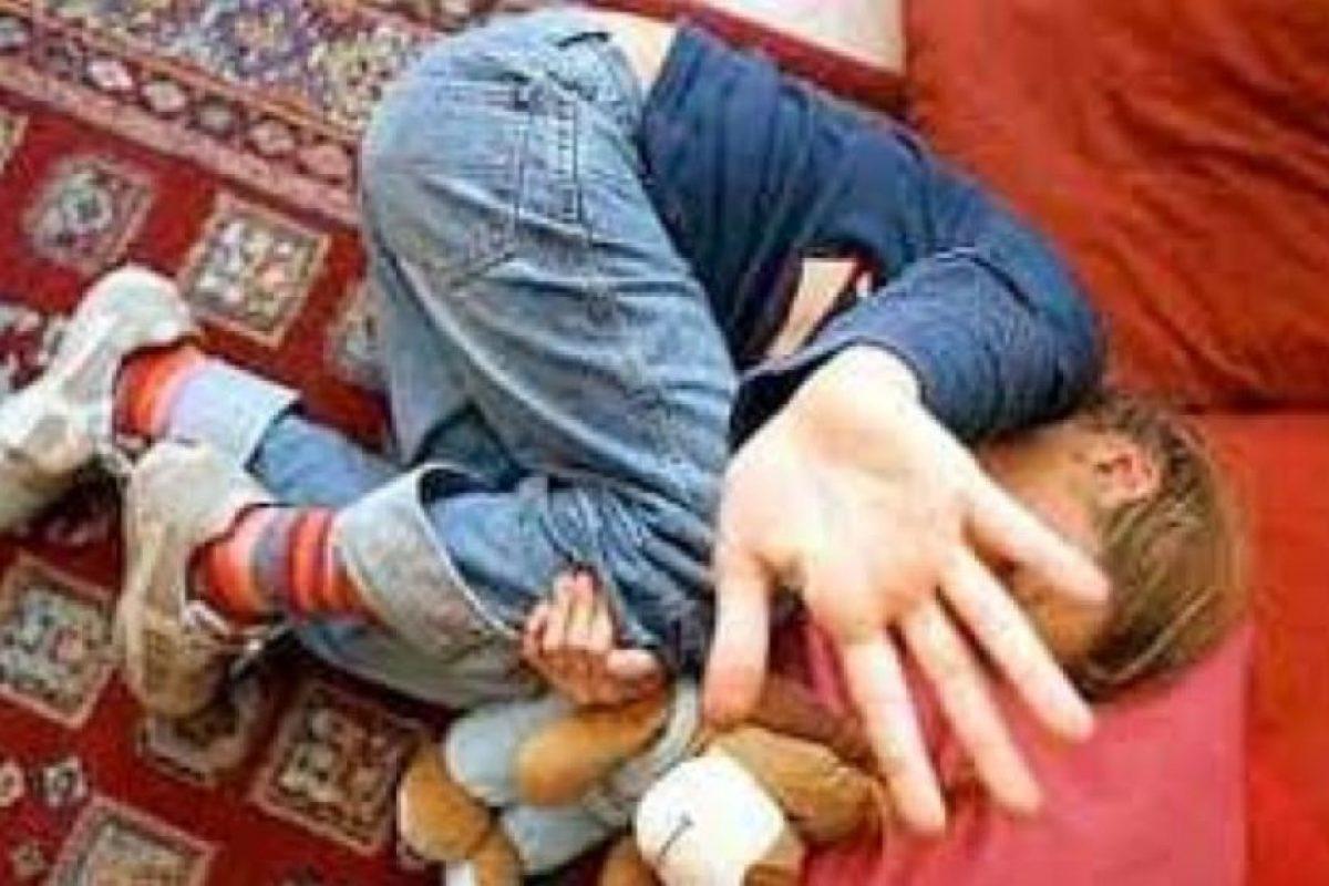 Las conductas pedófilas son muy heterogéneas, desde casos inofensivos, hasta aquellos en que alcanzan niveles que entran dentro de lo criminal. A la actividad sexual de un pedófilo con un menor de 13 años se lo conoce con el nombre de abuso sexual infantil o pederastia. Foto:Pinterest