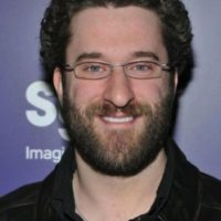 Dustin Diamond: El famoso 'Screech', de 'Salvados por la Campana', lanzó en 2006 su propio video sexual, 'Saved by the Smell'. Foto: Getty Images