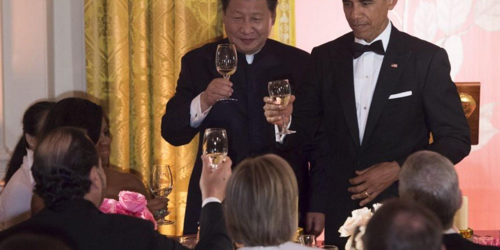 Toda la cena estuvo llena de glamour. Foto:AFP