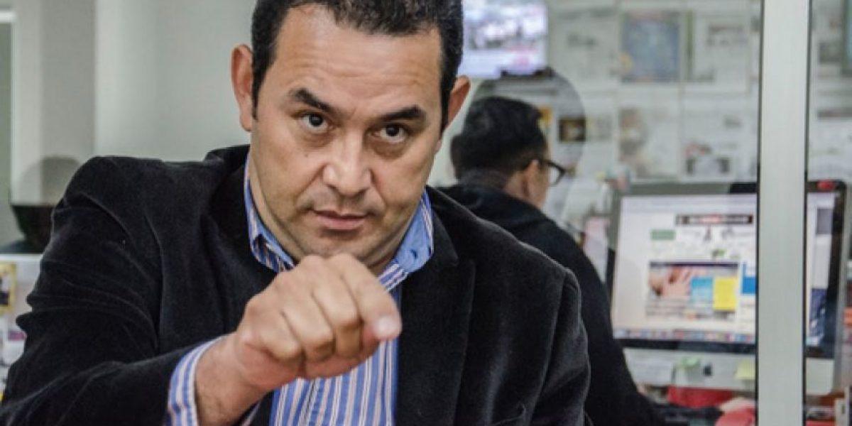 VIDEO. Jimmy Morales critica programas sociales y así reaccionan los usuarios