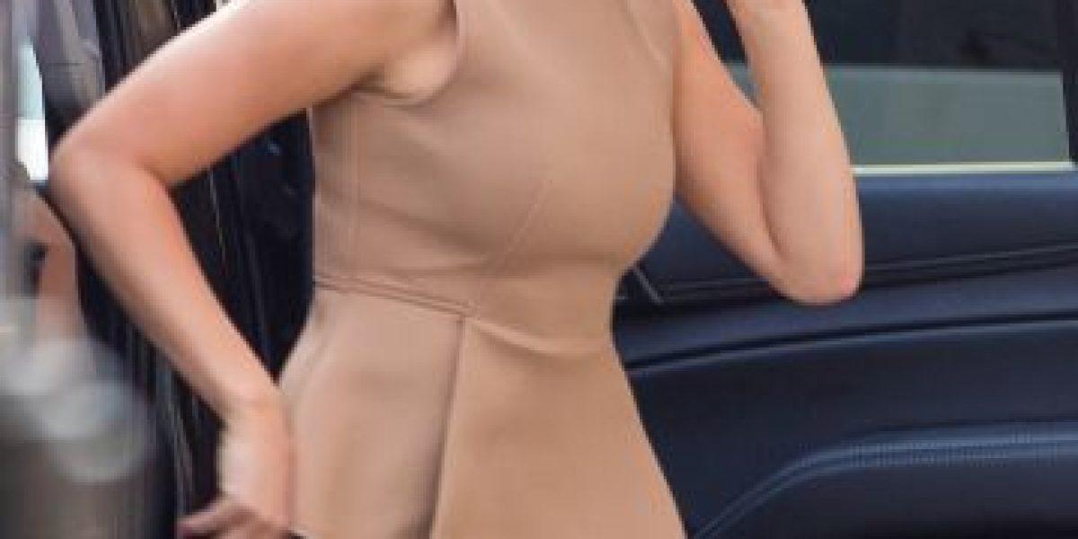 Jennifer Lawrence estrena look que la hace ver años mayor